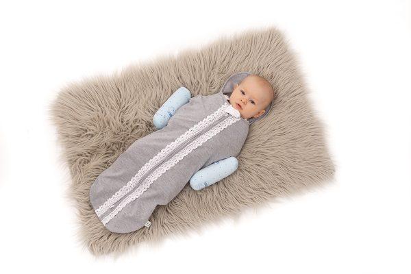 Zábrana proti prevalenie bábätka na brucho modra